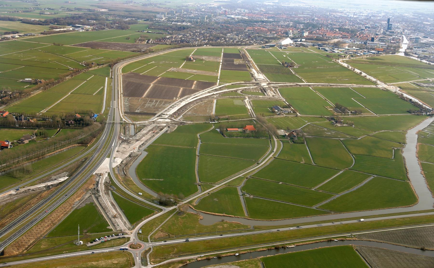 Westelijke Invalsweg met bouw aquaduct